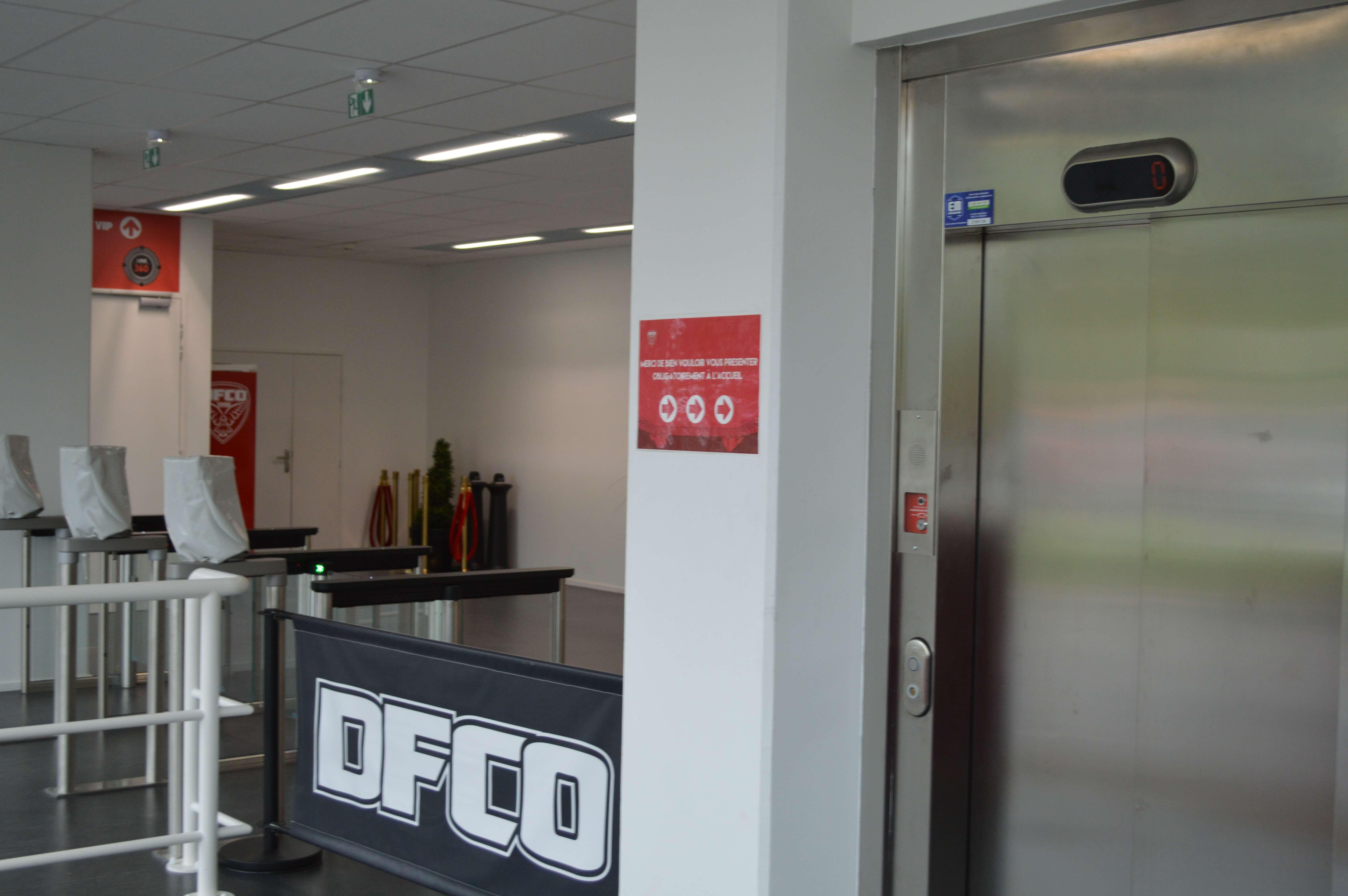 Maintenance ascenseur officiel DFCO